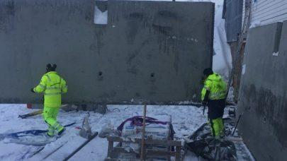 Montering av veggelementer i gjodselkjeller Foto Svanhild Sandnes